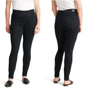Levi's Shaping Pull-On Super Skinny Jeans 8/29